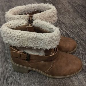 Steve Madden Girls Faux Fur Leather Boots